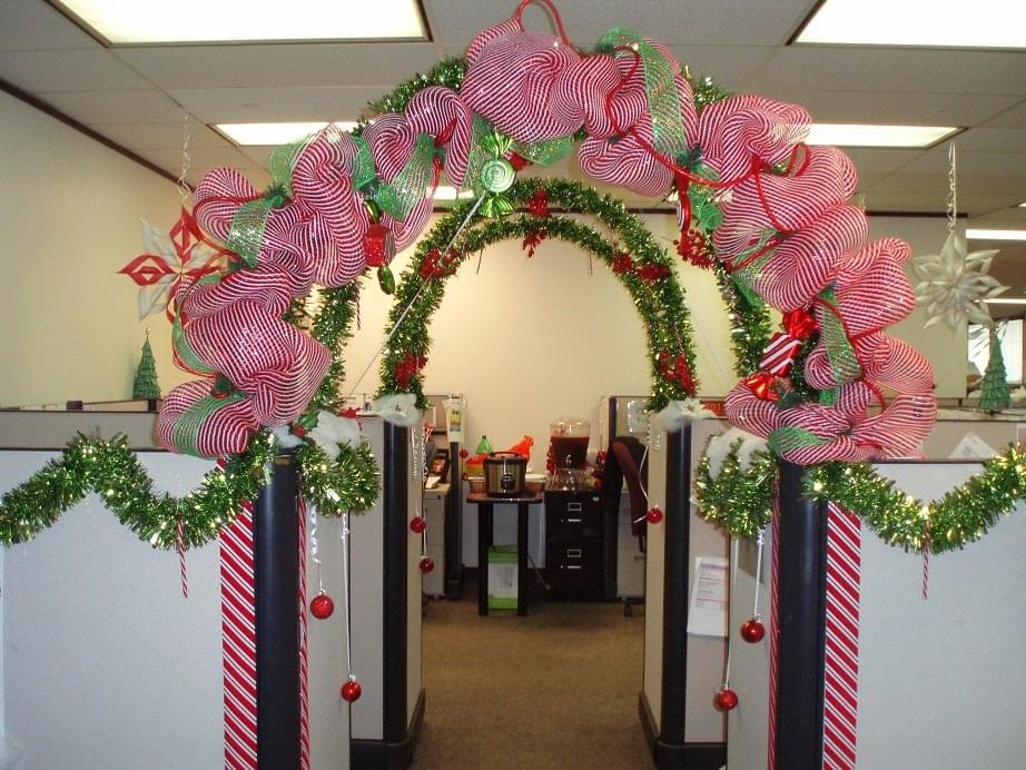 christmas cubicle best office christmas decorations