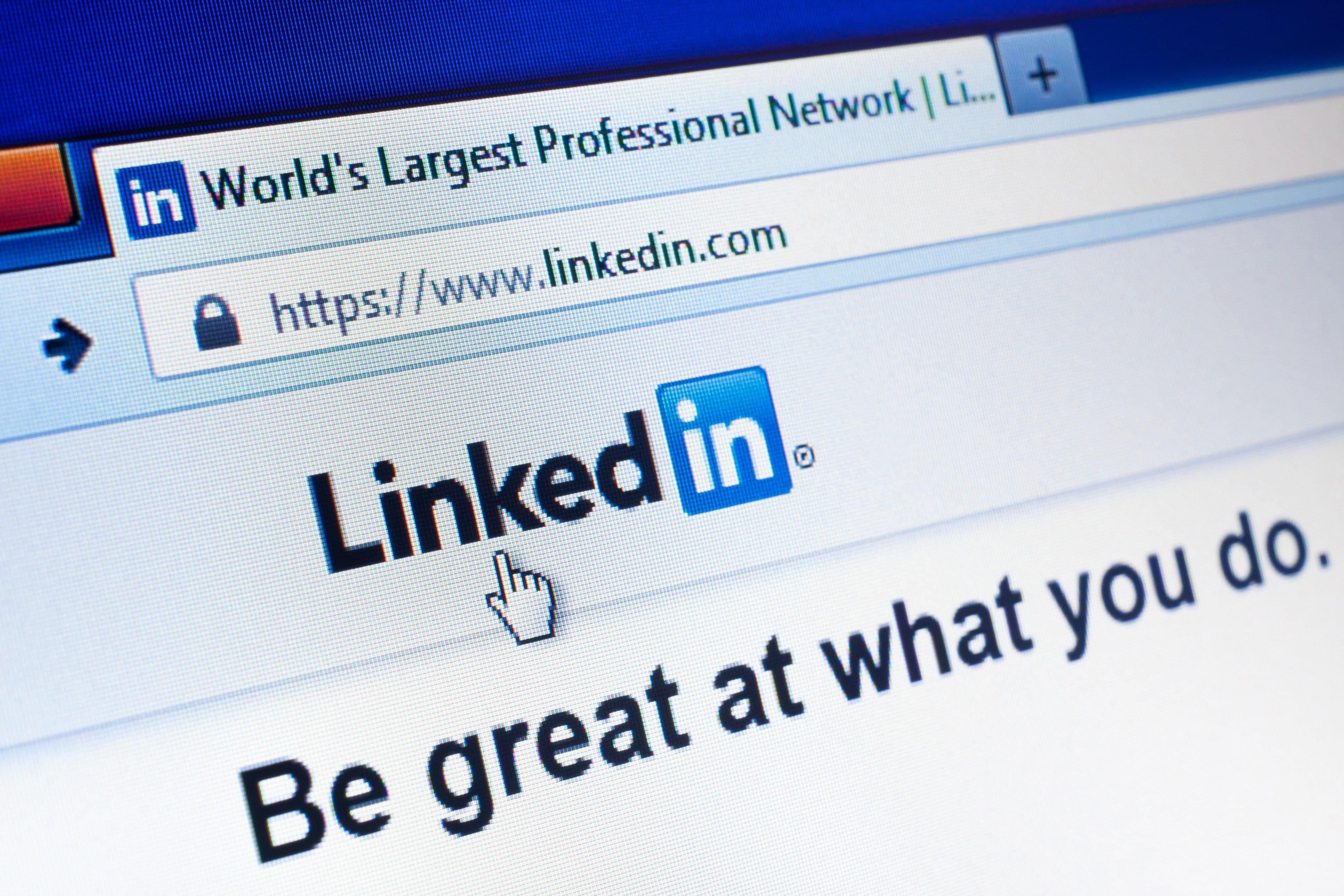 How To: Search The New Linkedin Search Interface (properly) Using Field Mands